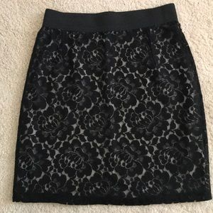 H&M Skirts - Black floral lace patterned skirt